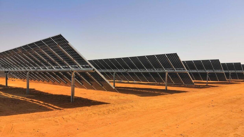 Her ses Benban-solcelleparken, hvor selskabet Scatec Solar har bidraget med solceller.