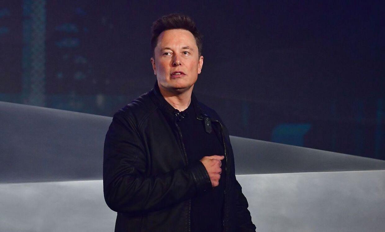 Her ses Elon Musk